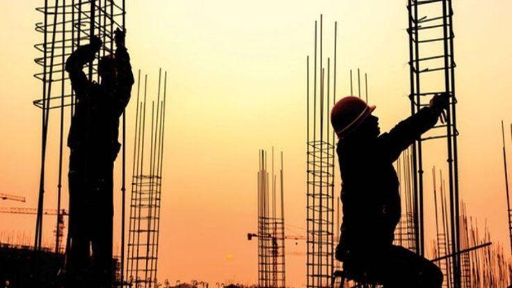 Gazete Duvar ///  İnşaatçılardan demir resti: İşler durur