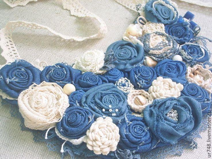 """Купить Джинсовое колье """"Синие цветы"""" - синий, деним, джинс, джинса, джинсовые украшения"""