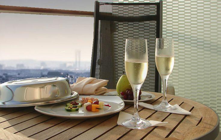 Ancora un po' d'estate con un aperitivo in terrazza!