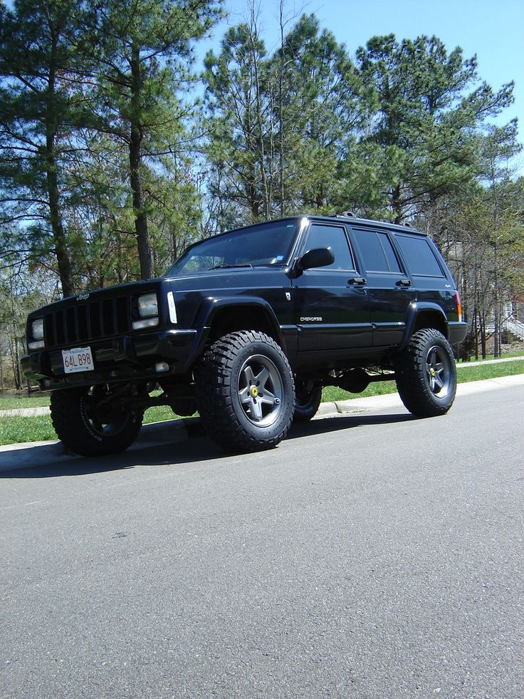 JonSorgis 2001 Jeep Cherokee....mine was a 2000 and purple...good lordy i miss that thing.