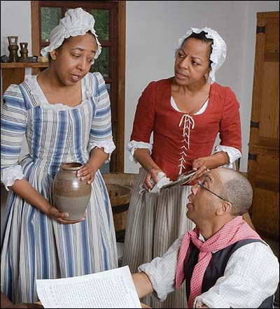 indentured servants and slaves Like indentured servants and slaves, convicts frequently ran away political prisoners also were shipped to the colonies most of these were convicted following religious persecutions.