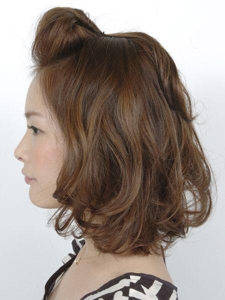 シーンに合わせてアレンジを。両家顔合わせ・結納の髪型「ポンパドール」のアイデアを集めました!