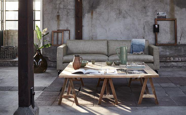 Woonkamer met XL salontafel | Living room with XL coffee table | Bron: vtwonen 4-2016 | Styling Fietje Bruijn | Fotografie Alexander van Berge
