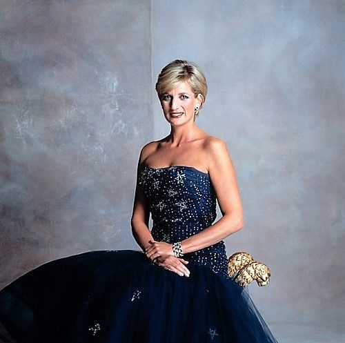 An official  portrait of Diana, Princess of Wales, 1997. She is wearing a Murray Arbeid creation from 1986.