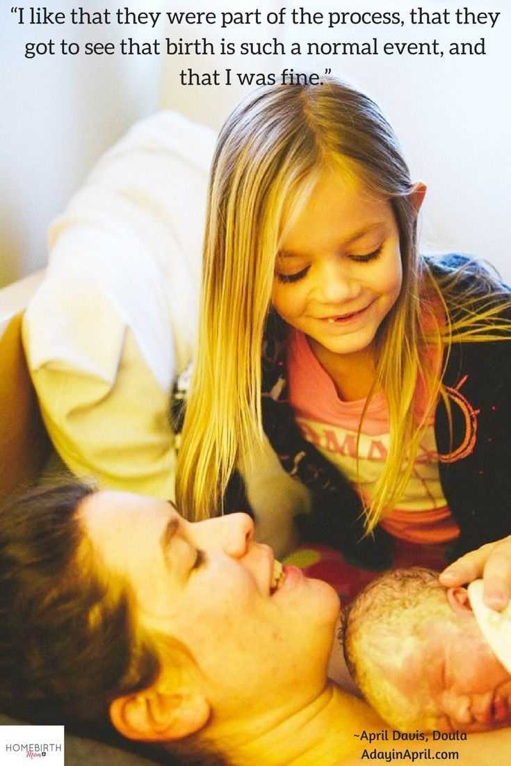 Love this pic of Homebirth Mom April and her older daughter helping after the birth 💕  Read the full interview over here.