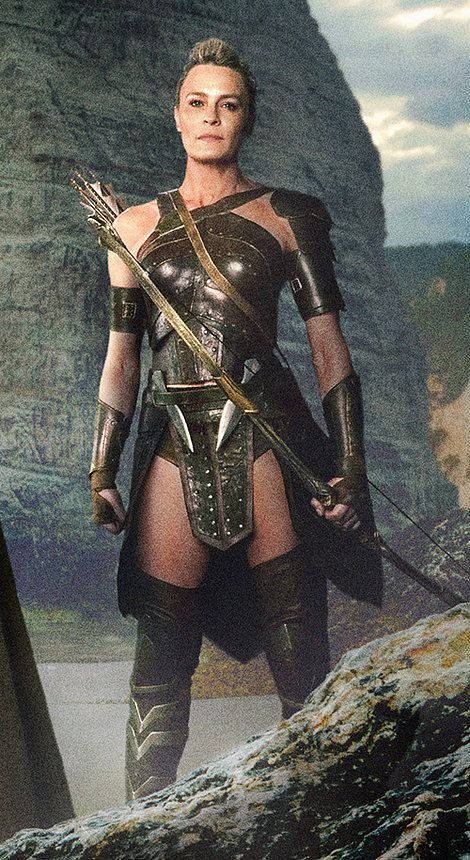 General Antiope (Robin Wright) - Wonder Woman (2017) Omg this is princess buttercup from the princess bride!!!