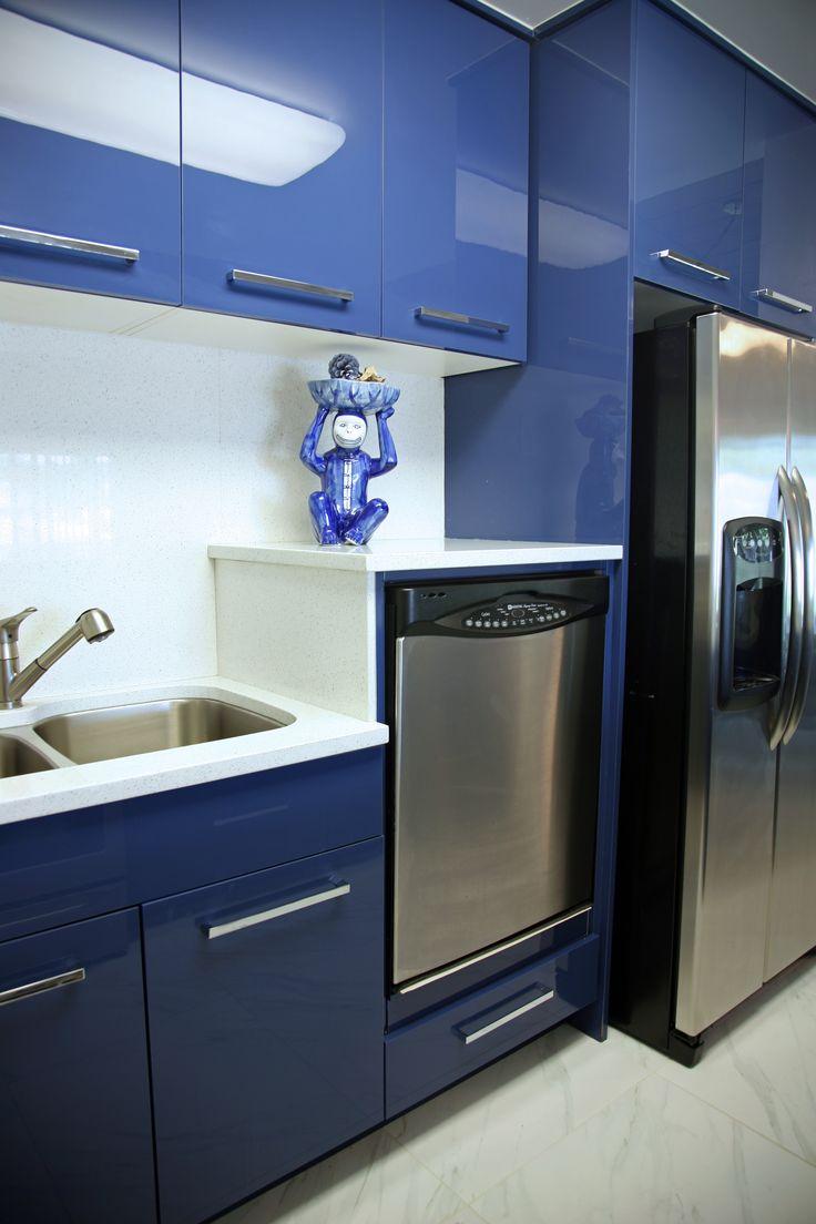 Geneva Cabinet Company Lake Geneva Wisconsin Modern Kitchen Features Raised Dishwasher For