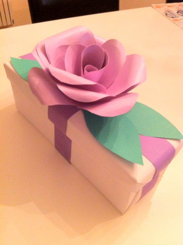 """Sinterklaas surprise:""""een roos op een doos"""" !!!!"""
