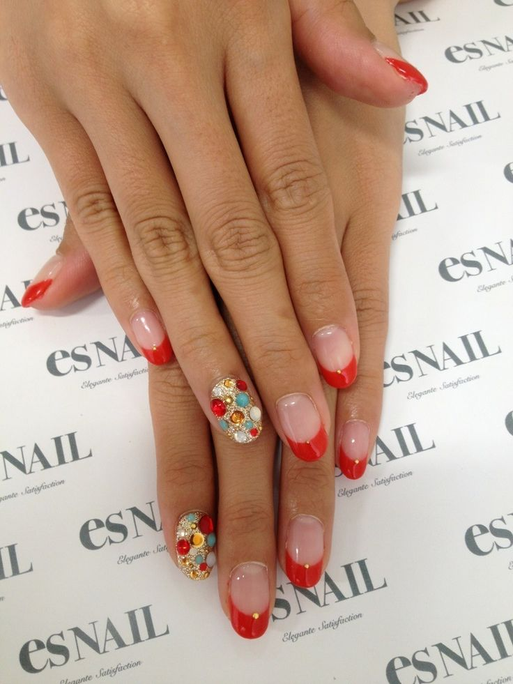 Not a fan of this nail shape but I like the overall concept