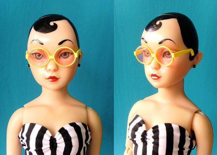 https://flic.kr/p/5uhAyF | Petite peepers | Petite peepers  푸치 블라이스의 안경입니다. 밤볼라에게 맞을지  너무 궁금해서  주문 해봤답니다.  약간 길이가 모자라지만 잘 맞네요.    :-D