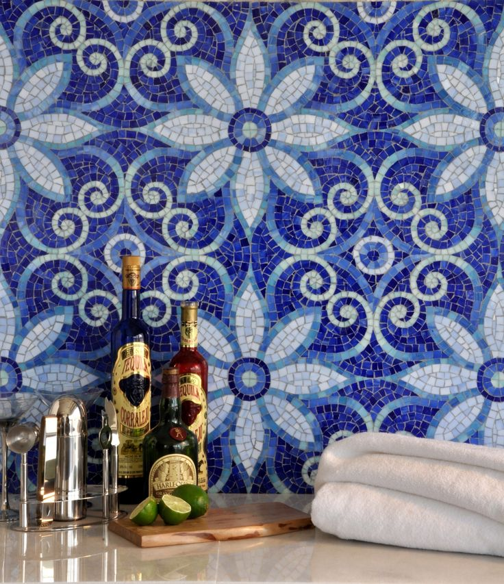 New Ravenna Natasha mosaic. Enamored with this pattern and colorTile Design, Beautiful Blue, Kitchens Tile, Mosaics Design, Lapis Lazuli, Wall Tile, Vintage Interiors, Mosaics Tile, Modern Kitchens