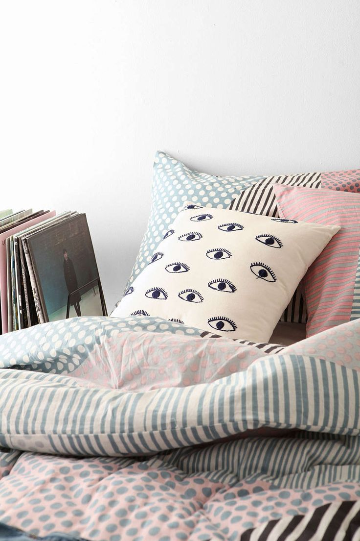 12 Throw Pillows to Get You Ready for Spring Urban outfitters, Patterns and Design