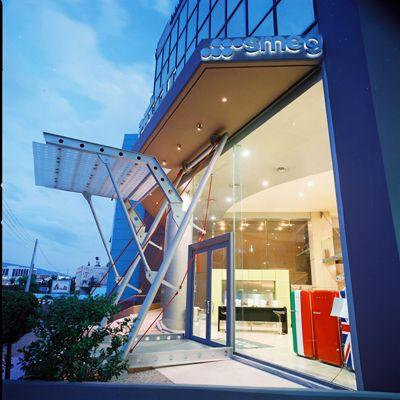 Το κατάστημά μας στο Μαρούσι, Smeg, Falmec, Valira, έπιπλα κουζίνας, ντουλάπες υπνοδωματίου, συνθέσεις επίπλων