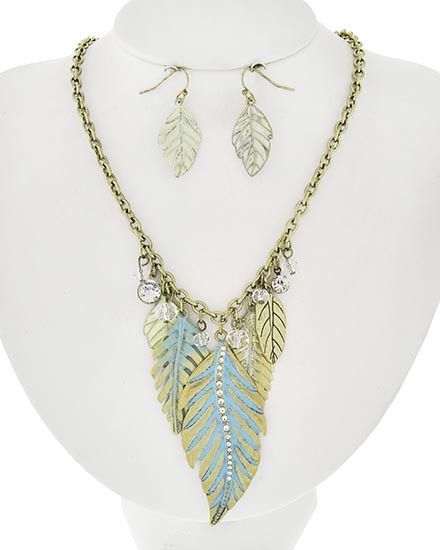 SALE!  $13.99 WAS $46.00    Antique Gold & Turquoise Blue Leaves Crystal Necklac...
