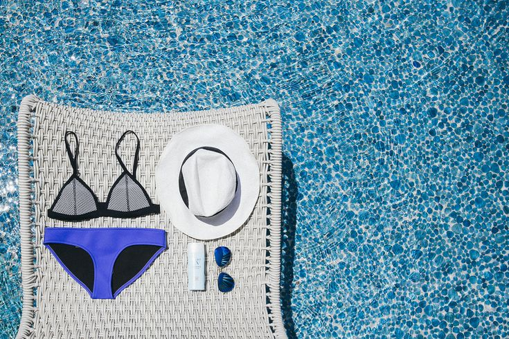 Poolside style gets the Grand treatment. Discover blogger @melissackoh's staycation essentials and more on her recent birthday getaway to Grand Hyatt Singapore.