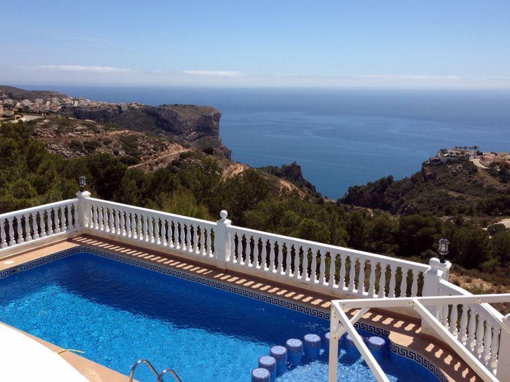 Sólo queda libre el mes de julio en CASA IRINA, con wifi, piscina y parque infantil. Foto de ayer http://alquileresbenitachell.com/fichainmueble.php?IDInmueble=89&lang=es&country=ESP&om=A