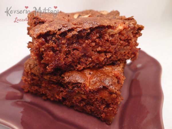 Elmalı & Tarçınlı Islak Kek Tarifi - Kevser'in Mutfağı - Yemek Tarifleri