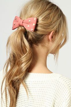 Marina Stud Bow Hair Clip in Rose Pink