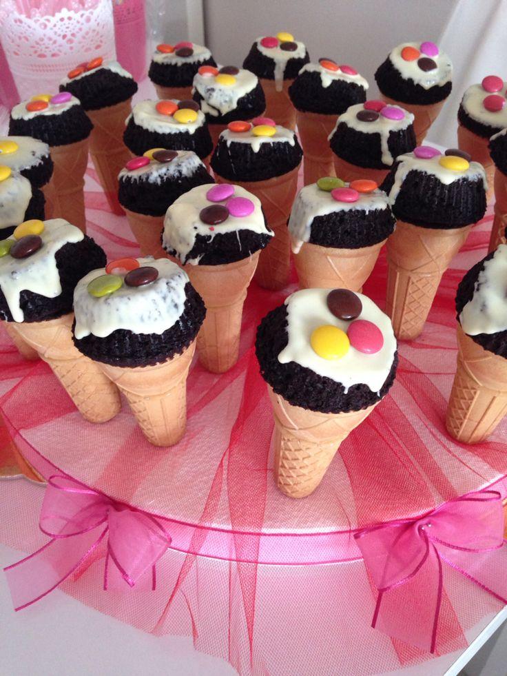 Külahta kek, dondurma, cone, cake