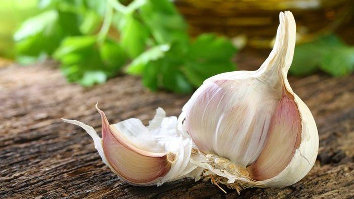 Česnek, citron a zázvor- elixír na vyčištění arterií.