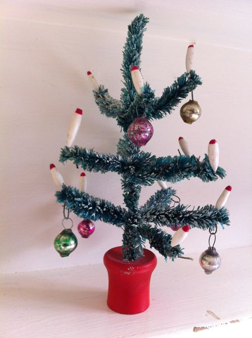 17 best images about pipe cleaners chenille stems on for Pipe cleaner christmas crafts