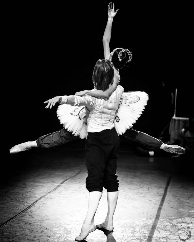 Denis Rodkin and Yulia Stepanova - Raymonda / Photographer/Фотограф, Администратор @tripleviewstudio . Booking, poster: +79032621848  Moscow, Russia http://vk.com/club56476086