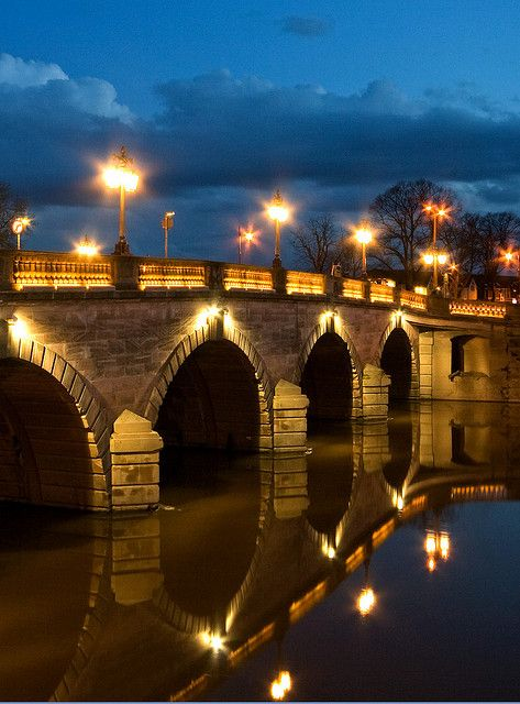 Worcester Bridge Reflected by flash of light, via Flickr. Our tips for things to do in Worcester: http://www.europealacarte.co.uk/blog/2012/09/24/what-to-do-worcester/