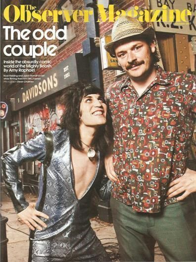 Costars of The Mighty Boosh (series, 2004-2007) - Can we just talk about adorbs he (NF) is in this picture...