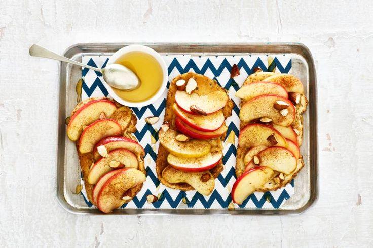 Kijk wat een lekker recept ik heb gevonden op Allerhande! Open sandwich met appel, kaneel en amandel