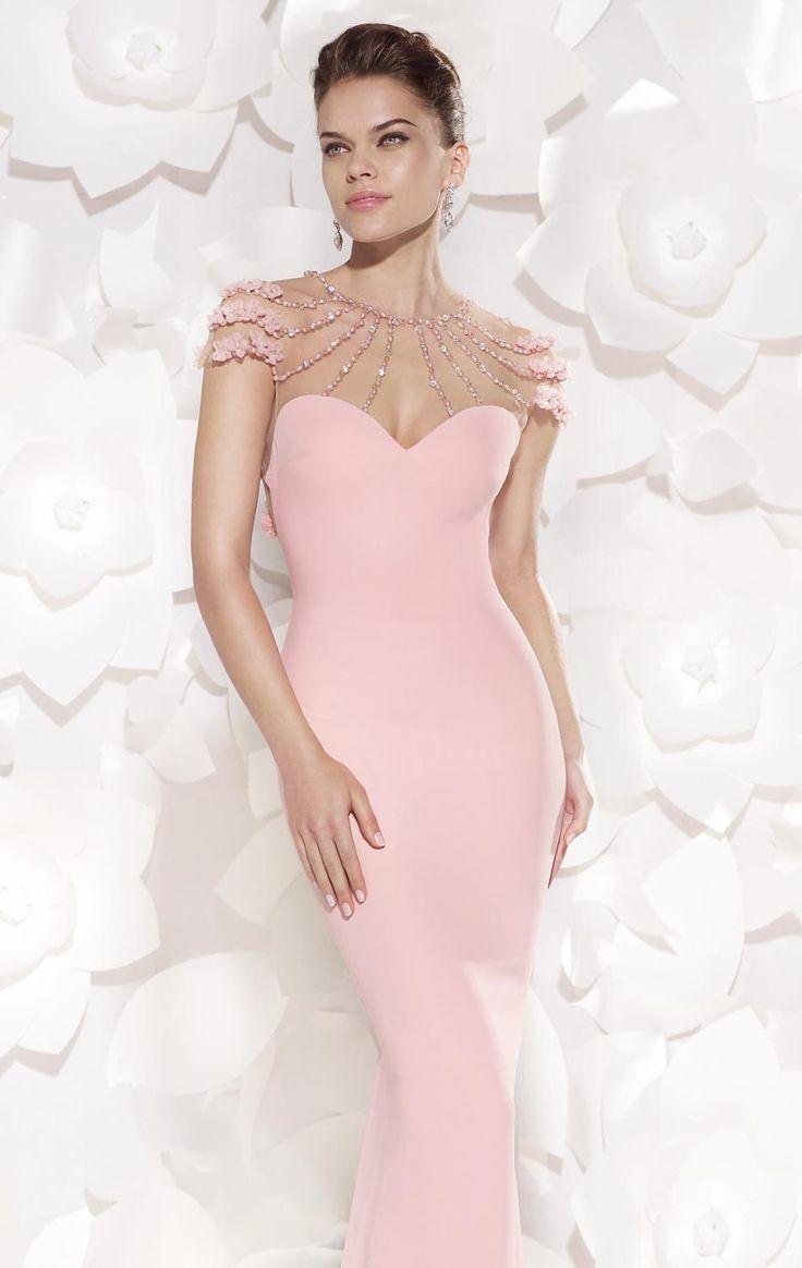 51 best Wedding Gowns images on Pinterest | Wedding dressses ...