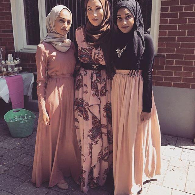 59 Best Muslim Wedding Dress Arabic Gowns Images On Pinterest Wedding Frocks Short Wedding