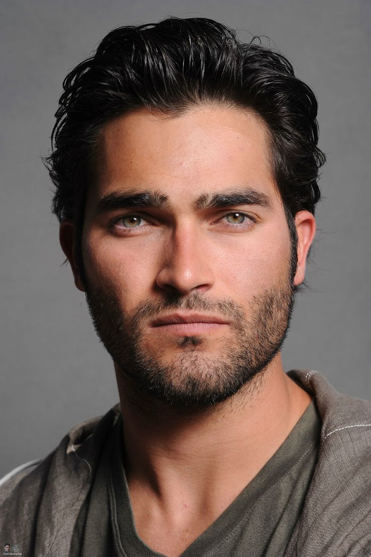 Tyler Hoechlin Cat Eyes He would make a good Vishous!
