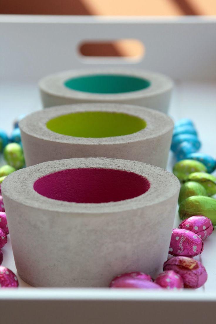 ....oder alternative Osternester aus Beton, das ist heutedie Frage?   Diese drei kleinen Schalen in Limette, Türkis und Pink, gefüllt mit  ...