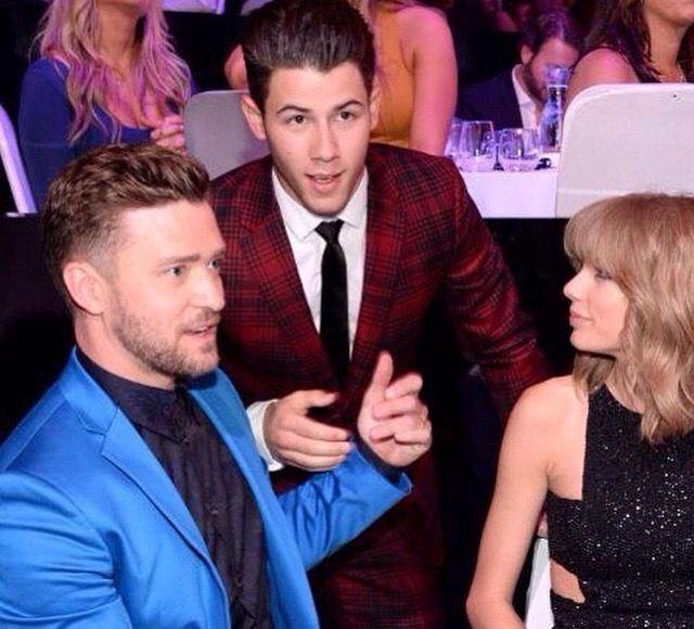 Taylor swift w/ justin timberlake and Nick Jonas @ the 2015 i heart radio music awards