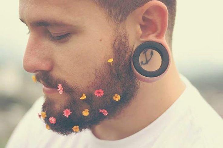 _ Faça amor, não faça a barba ... kk ^^)
