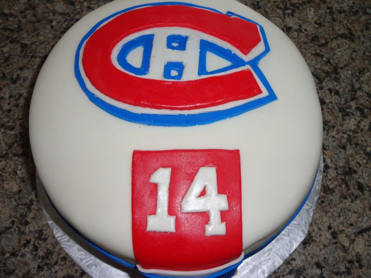A triple layer vanilla cake covered in Montreal Canadiens colours