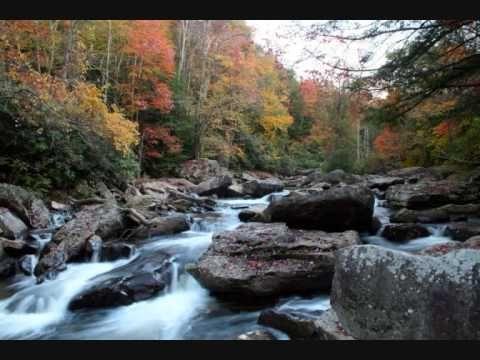 Country Roads  -  John Denver (Take Me Home, West Virginia)