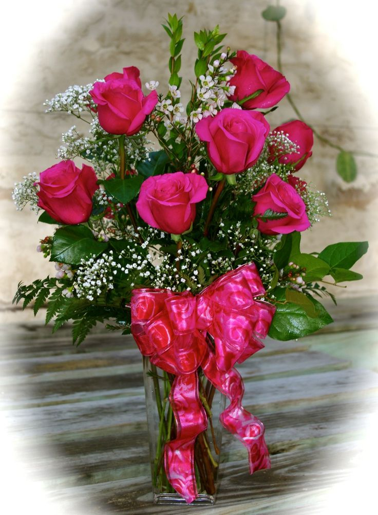 8 best images about flower arrangements on pinterest for Flower arrangements for sweet 16