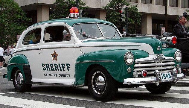 1948 Chevrolet Fleetline sheriff car