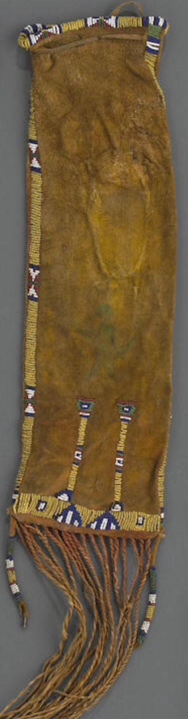 Сумка для табака, Сиу. Из Portland Art Museum Портленд, Орегон продана в собственность Museum Acquisition Fund. А.  Bonhams, декабрь 2010.