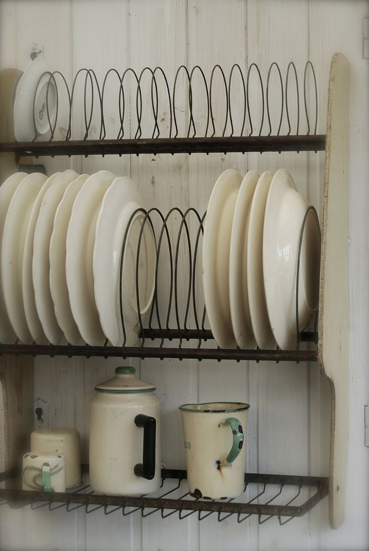 Wall mounted plate racks for kitchens - Totally Love These Plate Racks I Know These Are Metal And Vintage But