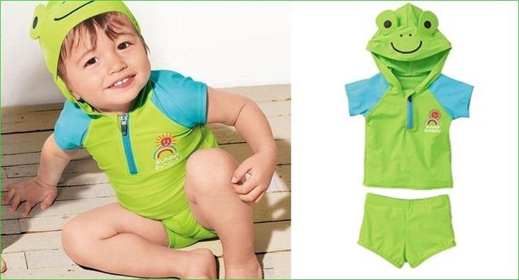 Super Cute: green frog   ชุดว่ายน้ำเด็ก ใส่ได้ทั้งน้องผู้หญิง และน้องผู้ชาย ลายกบเขียว เสื้อมีฮู้ด+กางเกง