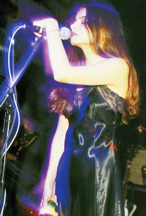 Hope Sandoval & The Warm Inventions (Hope Sandoval, 1966; US / Colm Ó…