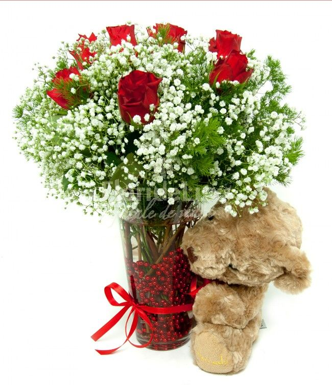 Trimite o imbratisare pufoase persoanei iubite chiar astazi! Buchet trandafiri romantici la super promotie! ✔Livrare gratuita oriunde ✔Vaza inclusa in pret ✔Ursulet de plus inclus in pret ✔Felicitare de lux CADOU ✔Poza martor pe email inainte de livrare ✔Cel mai bun pret! ✔Flori proaspete, parfumate si romantice! ^_^ --> https://www.floridelux.ro/zambetul-tau-intre-flori.html
