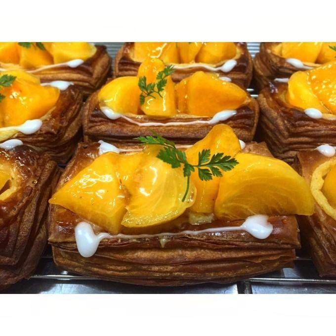 オパンの柿のデニッシュ(2016.10.27) | OPAN オパン|東京 笹塚のパン屋