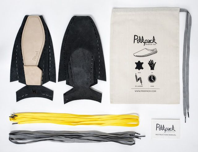 Pikkpack Flat-Packed Shoes on Packaging of the World - Creative Package Design Gallery