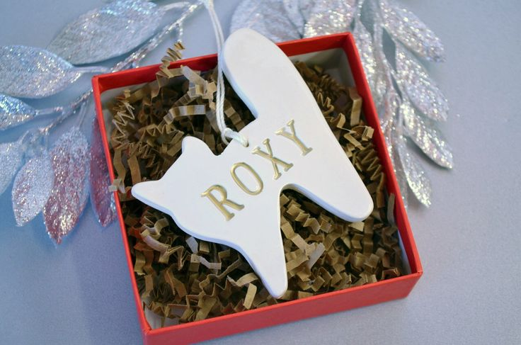 Personalized Cat Christmas Ornament with Name in Gold - Gift Boxed by Susabellas on Etsy https://www.etsy.com/listing/210935859/personalized-cat-christmas-ornament-with