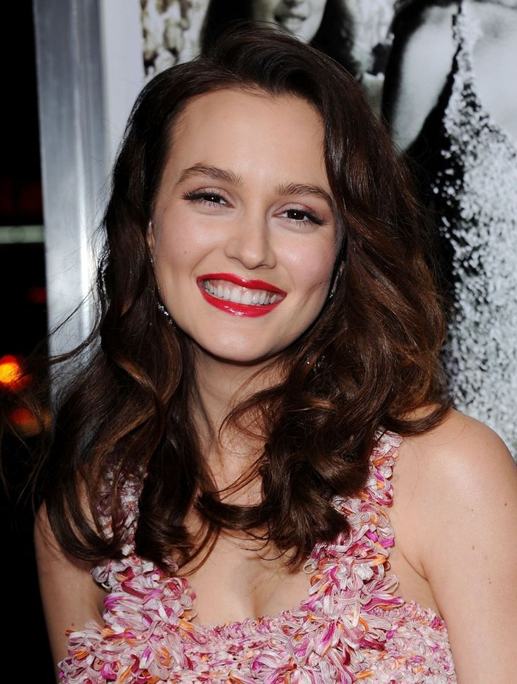 Why isn't leighton better known for her lips? They're perfect!
