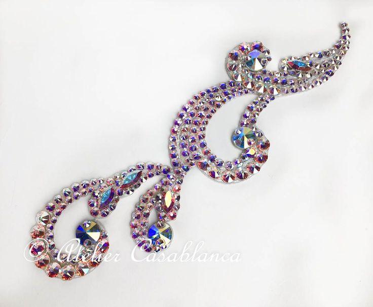 S-AAG19 ガロールクチュール制作のオーロラの石びっしりの髪飾り(額にかかるように着用できるデザイン) | Atelier Casablanca -ダンスドレスの部屋- - 楽天ブログ