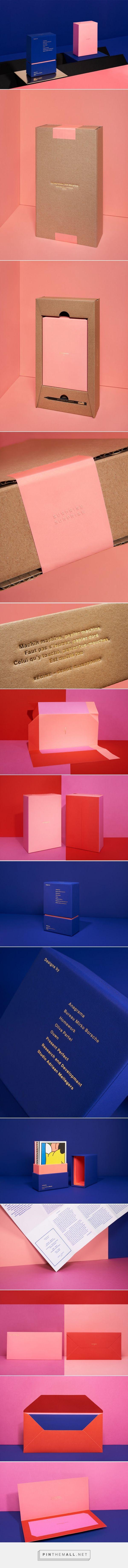 많이 세긴한데~ 핑크 블루 +골드 멋짐..! #adcdesign2015 – NOTEBOOK II by Deutsche & Japaner - http://www.packagingoftheworld.com/2015/01/adcdesign2015-notebook-ii.html